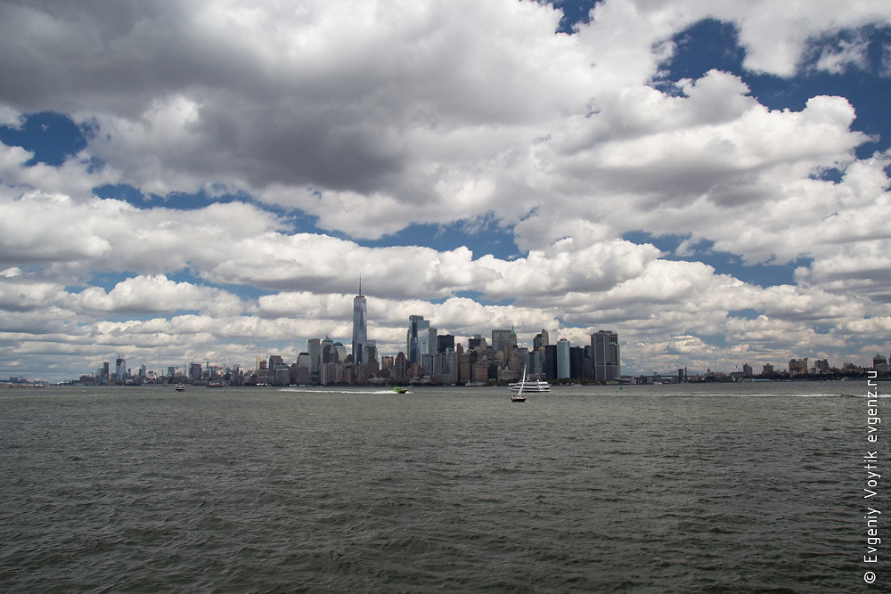 Urban New York American  landscape from ocean (island among wate